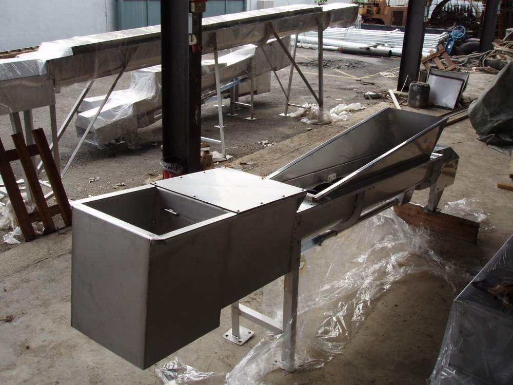The Shaftless Screw Compactor/Conveyor