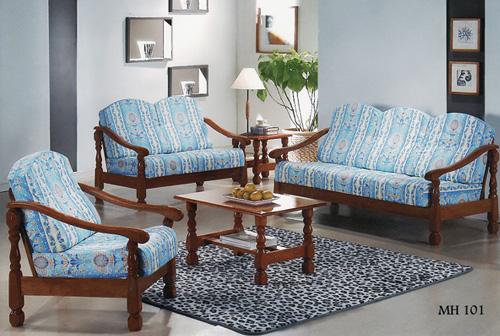 Buy Traditional Design Sofa Set