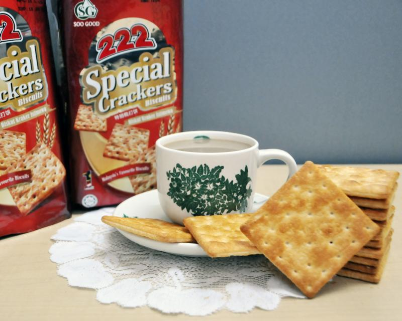 Buy Special Crackers 400g