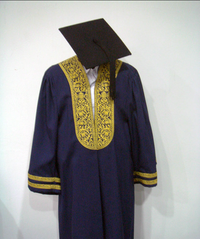 Graduation Gown buy in Shah Alam