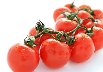 Buy Organic vegetables cherry tomato