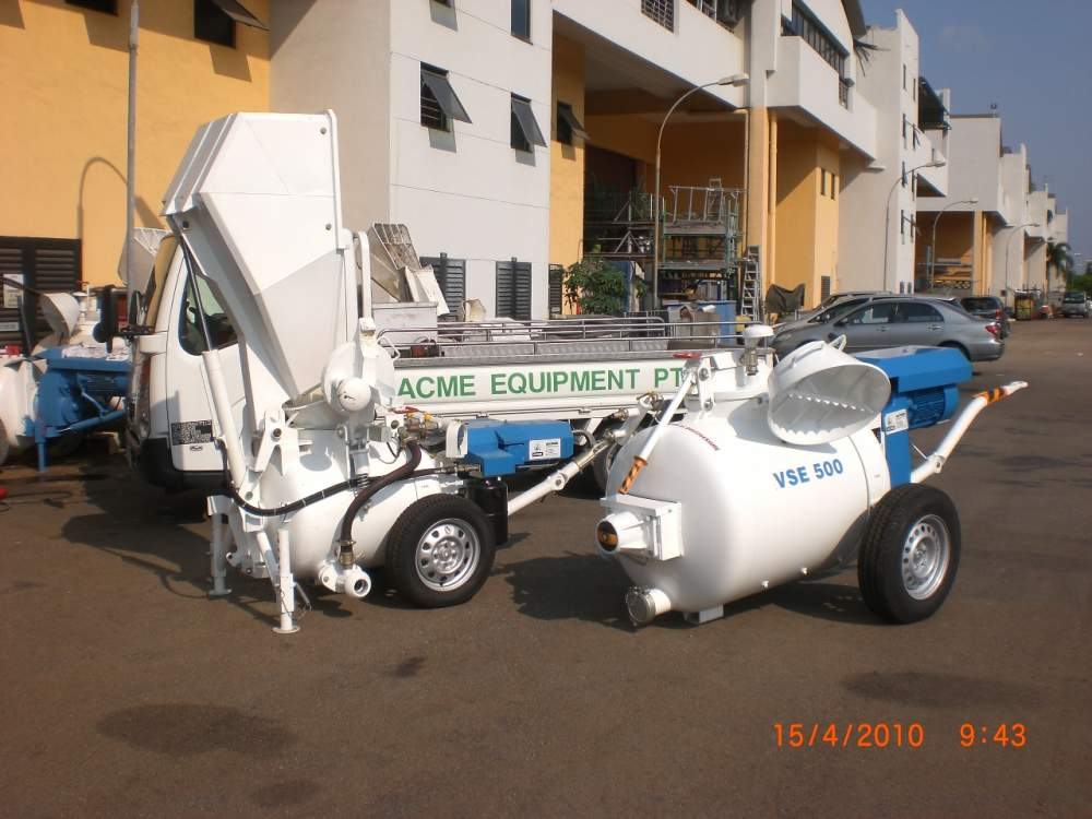 Buy Dry Sand Converyor Pump Screed Pump