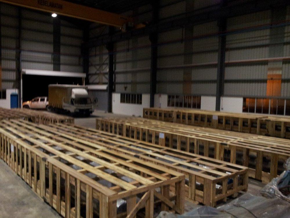 Buy Wooden Crates Supplier