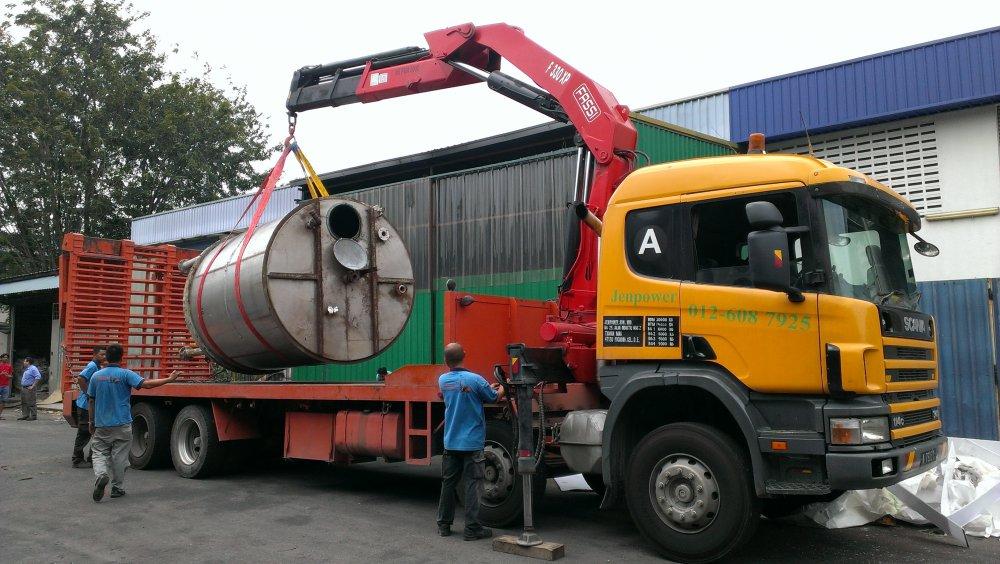 Buy Lorry crane Fassi 330