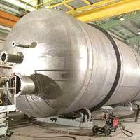 Carbon steel and stainless steel pressure vessels