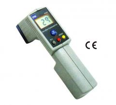 Infrared Thermometer, P&M Model 8868