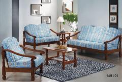 Traditional Design Sofa Set