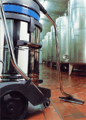 Industrial heavy-duty wet and dry vacuum cleaner