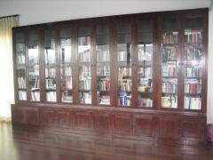 Elegant and Durable Bookshelves