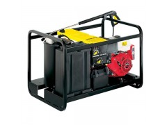 Combustion engine high-pressure cleaners