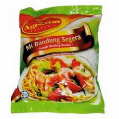 "Noodles of instant cooking ""Mee Bandung"