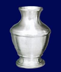 Plain vase pewter