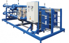 Сustomized district heating unit mounted on a skid including all necessary equipment.