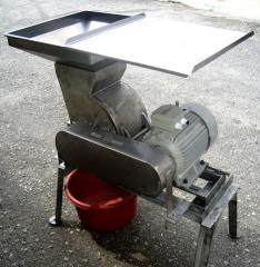 Coconut Copra Grinding Machine