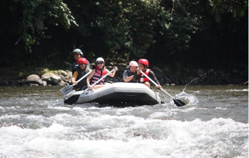 WHITE WATER RAFTING KIULU RIVER (GRADE I - II)