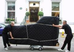 Transportation of pianos and grand pianos - Piano